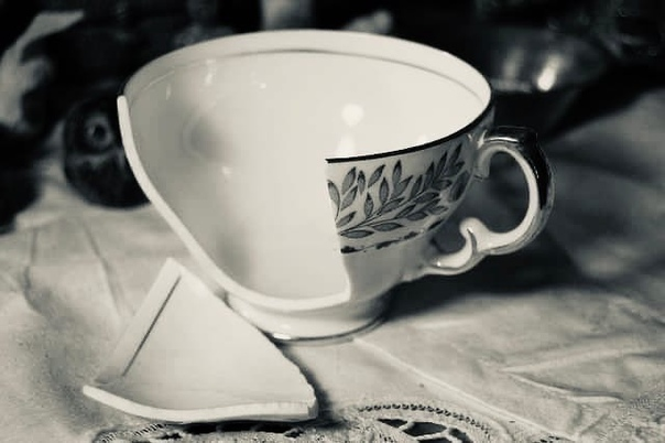 Битая посуда. Физическая расшифровка суеверий и народных примет