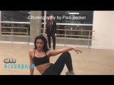 Шерил и Вероника репетиция танца с хореографом Riverdale Ривердэйл Ривердейл