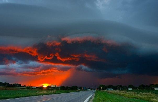 Закат во время бури, Небраска,