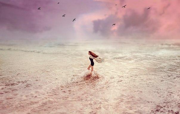 Когда человеку кажется, что всё идёт наперекосяк, в его жизнь пытается войти нечто чудесное.