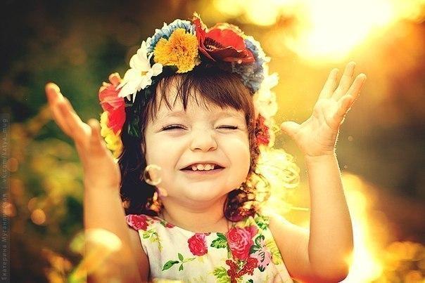 Топаем, хлопаем, играем и веселимся под музыку для самых маленьких!