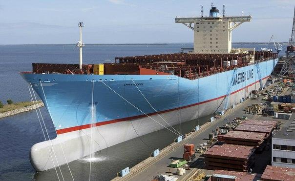 Эмма Мэрск (Emma M?rsk) - второе крупнейшее в мире судно контейнеровоз