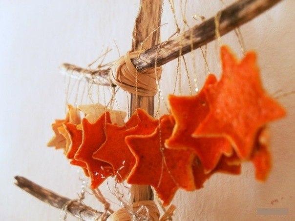 Декор из апельсиновых корок..