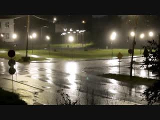 В моем городе дождь...