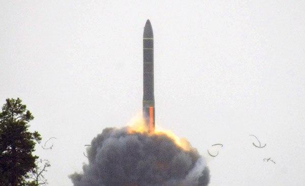 Российская ядерная ракета РС-24 ЯРС улетела в сторону США