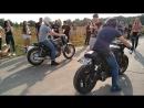 Honda CB400SS vs Yamaha XJR 400