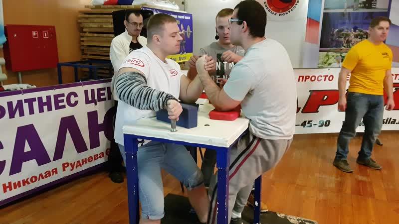 армрестлинг в туле левая рука категория свыше 90 кг супер финал