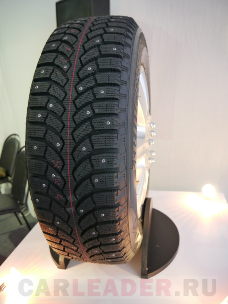 Bridgestone Spike-01