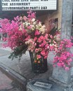 Нью-йоркский цветочный дизайнер Льюис Миллер считает своим долгом вызывать положительные э…