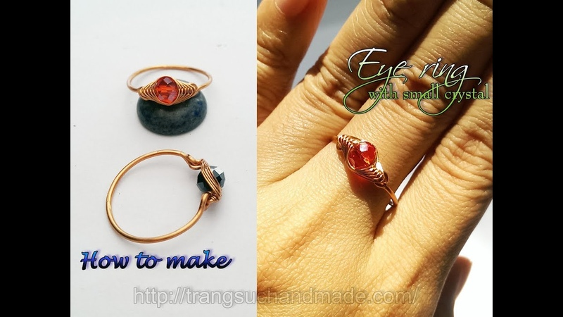 Eye ring with small crystal - Herringbone wire wrap bead 389