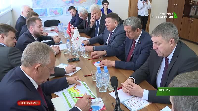 ТВ Брянская губерния Комиссия Совфеда посетила Брянсксельмаш 17 10 2018