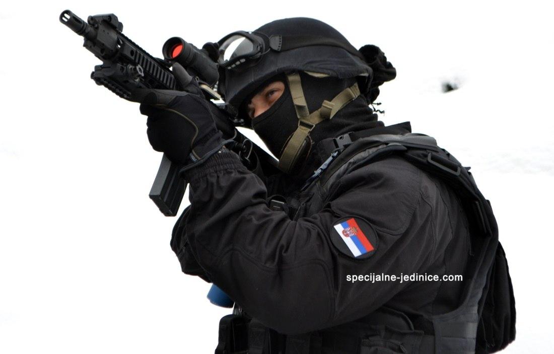 Armée Serbe / Vojska Srbije / Serbian Armed Forces - Page 3 DGloxWKIfJQ