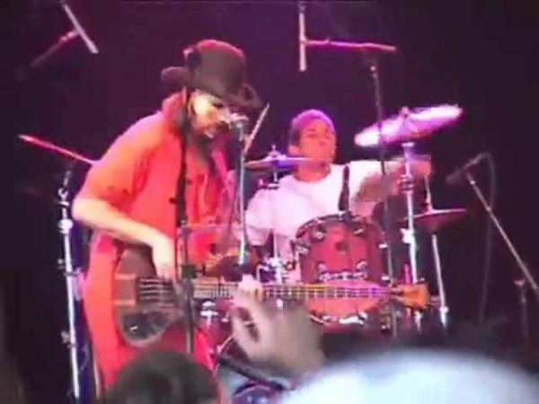 Claypool, BucketHead, Bernie Worrell and Brain jam at Bonnar