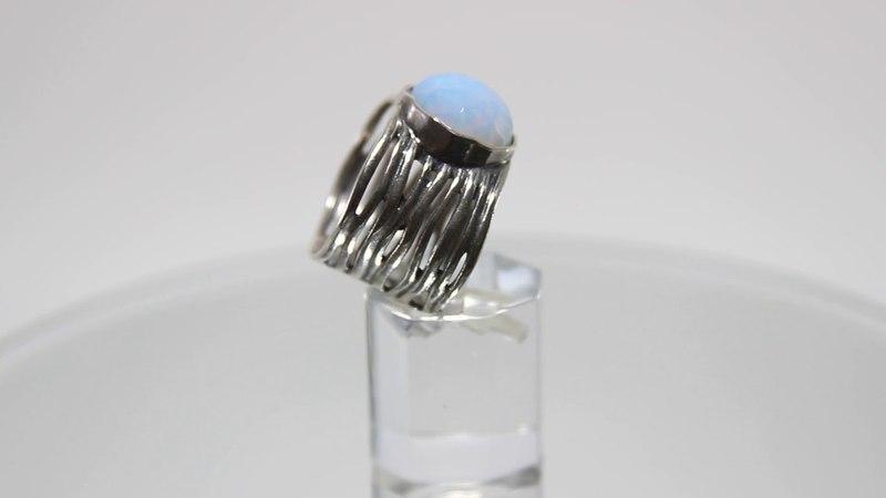 Чудное кольцо Tamir Zuman с крупным опалитом из серебра