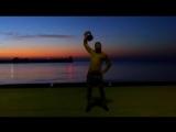 Ялта_ встречаю рассвет упражнениями с гирей 24 кг. Разминка и заминка ходьба с гирей 3 км.