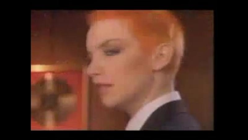 Eurythmics - Sweet Dreams 1983
