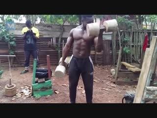 Как  тренируются в Африке