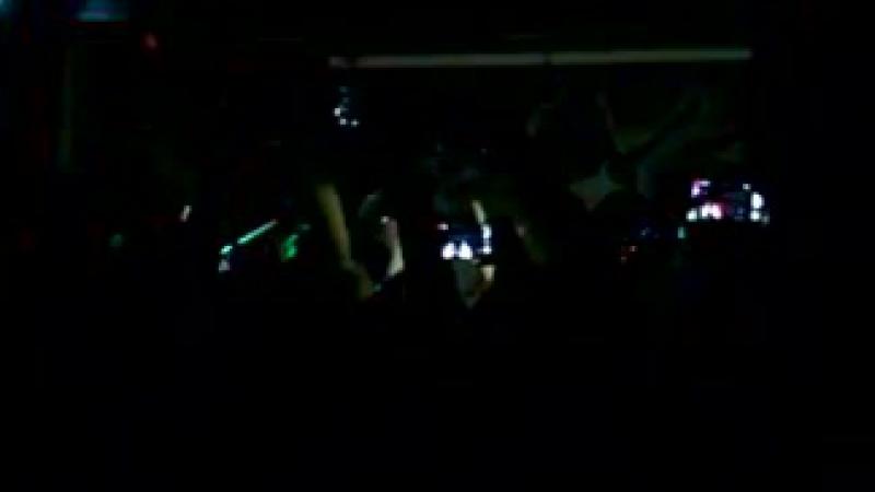 Violet Tree- кавер на песню группы Тату Я сошла с ума)[456239021]