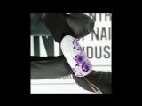 Фиолетовый цветок акварелью