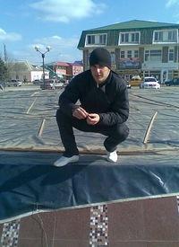 Заур Бараков, 12 апреля , Алагир, id226374264