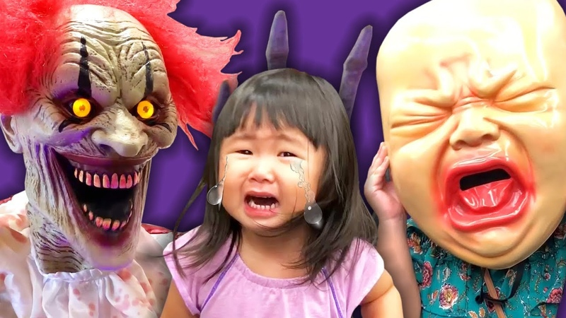 Shopping at Spirit Halloween 2018 - Too Scary for Kids!