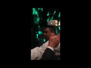 Ronaldo faz pedido de casamento após Celina Locks pegar buquê