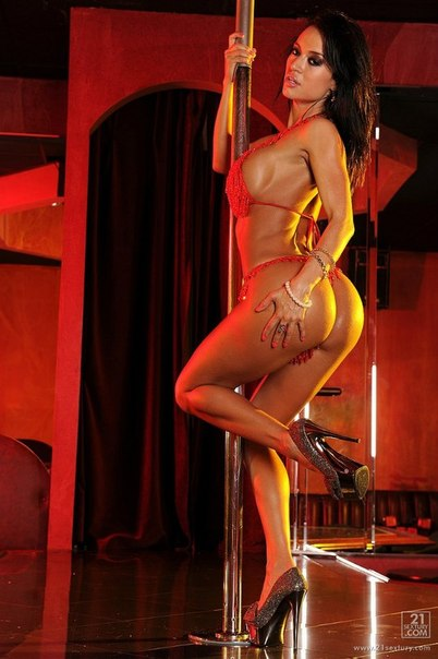 Mature stripper lap dance