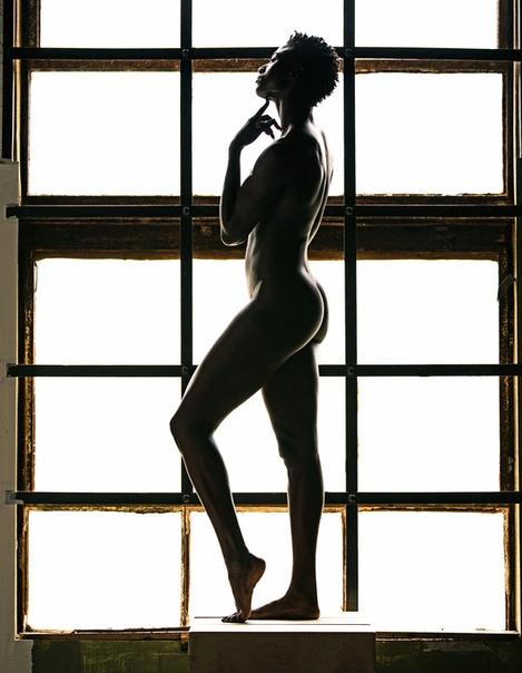 Чемпионка США по лёгкой атлетике Тори Боуи в фотосессии ESPN The Body Issue