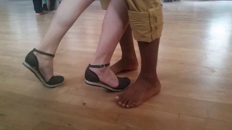 Footwork improvisation with Junio and students