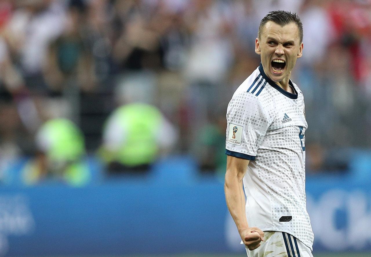 Главный тренер «Барселоны» попросил клуб приобрести Черышева