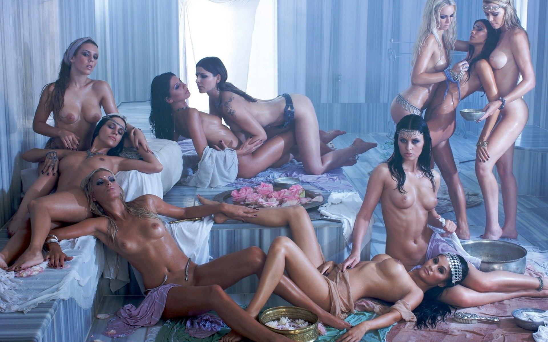 Рисунки голых в бане 7 фотография