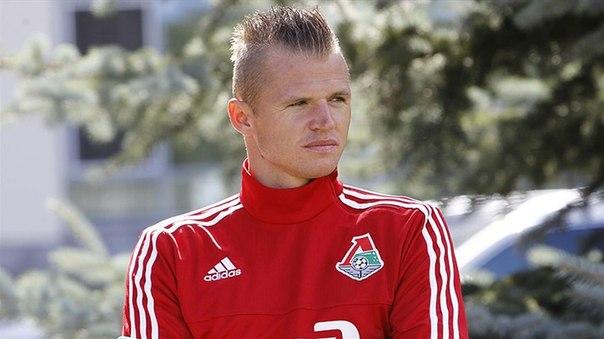 Д. Тарасов: в перерыве договорного матча наплел тренеру, что мне плохо, и на второй тайм не вышел