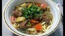 Уйгурский лагман с лапшой мясом помидорами капустой зеленой фасолью перцем редькой соевым соусом зеленью сельдерея