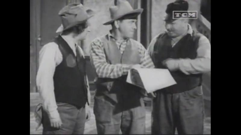 Os Três Patetas-025-Busca a Pé 1937 Dublado(defeito no áudio)