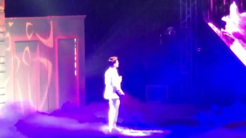 [FANCAM] 180428 The ElyXiOn in Manila @ EXO's Chen — Heaven
