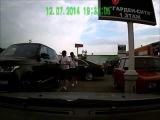 Новенький Range Rover угнали с парковки в Санкт-Петербурге