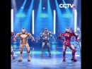 Супергерои танцуют поппинг