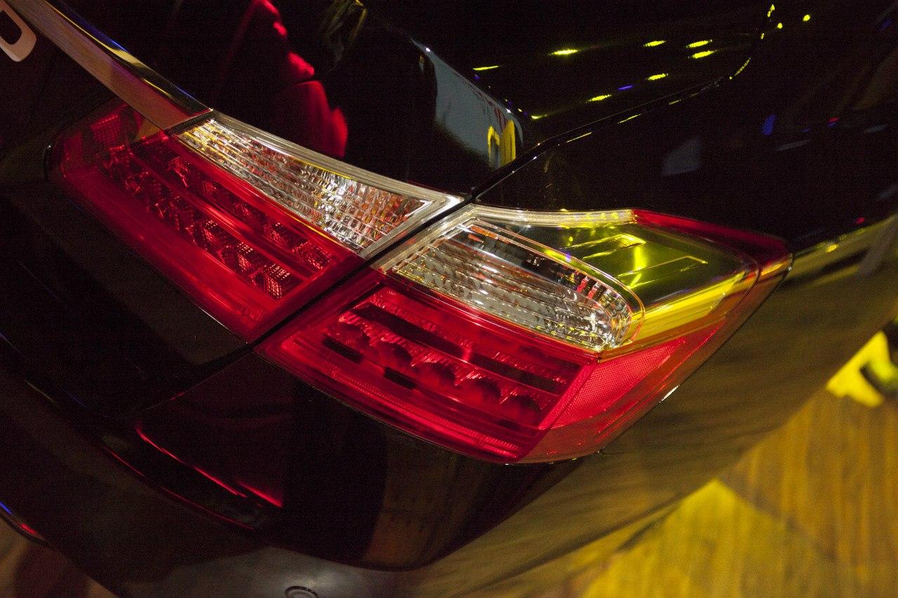 Задние фонари Honda Accord 2013