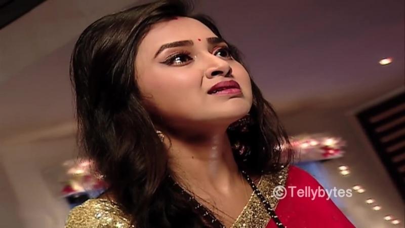 Will Ragini KILL Swara_ From the sets of Swaragini ( 720 X 1280 ).mp4