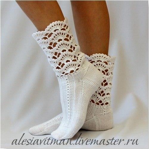 ** Крючком носки, следки .