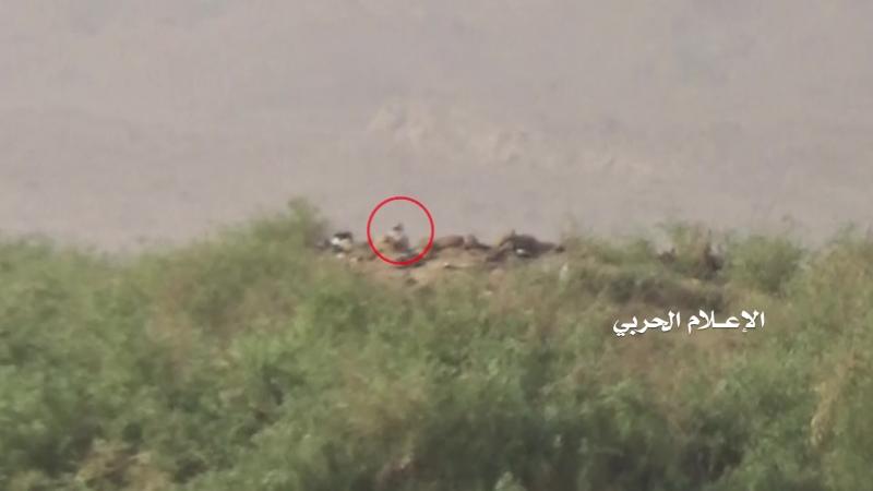 Снайперы хуситов подстрелили трёх хадистов в районе Аль-Маслуб, Джауф.