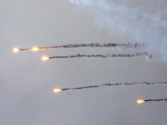 В Куйбышевском районе Ростовской области  найдены пять осветительных ракет, залетевших с Украины.