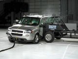 2006 Chevrolet Uplander side IIHS crash test