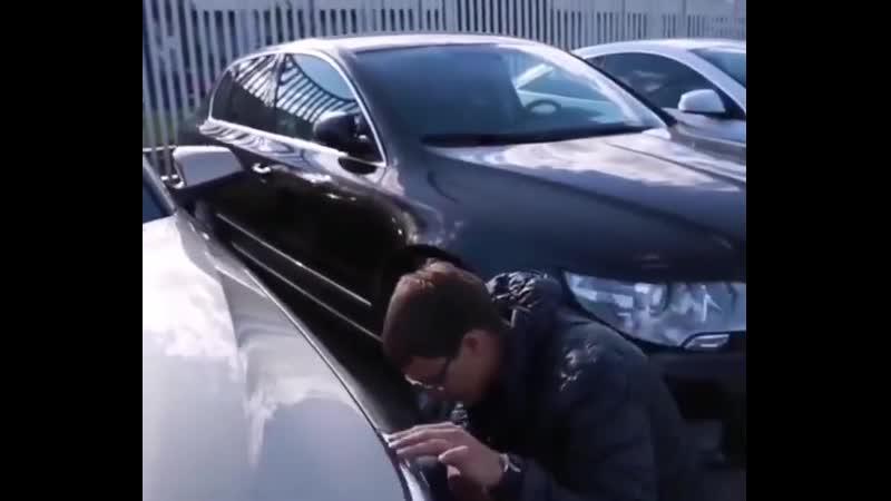 БМВ е60 в автосалоне 😬25 000 пробег 😂😂