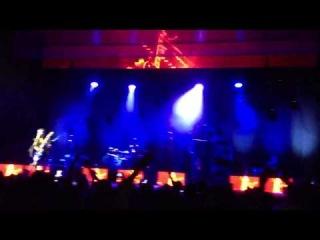 Placebo - Running Up That Hill (Hamburg 05.12.2013)
