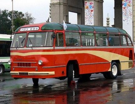 До 60 км/ч автобус разгонялся