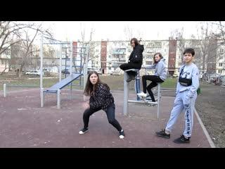 Эльдар Богунов драка на детской площадки!