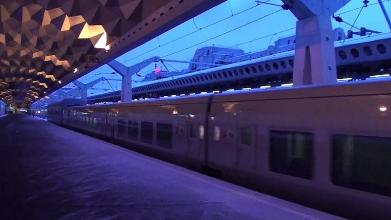 Электровоз ЧС200-004 и ЧС200-005 с вагонами Невский Экспресс и Talgo (старый ролик) RZD