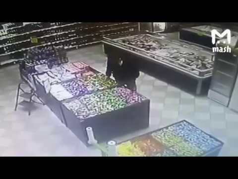 В Ярославле парень украл карамелек на 17 рублей и теперь ему светит уголовка