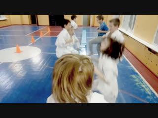 Скамейки в подготовке бойца Кёкусинкай карате Средняя группа https://vk.com/oyama_mas